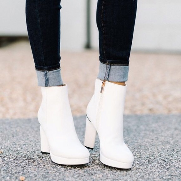Twisty Booties White Platform Ankle